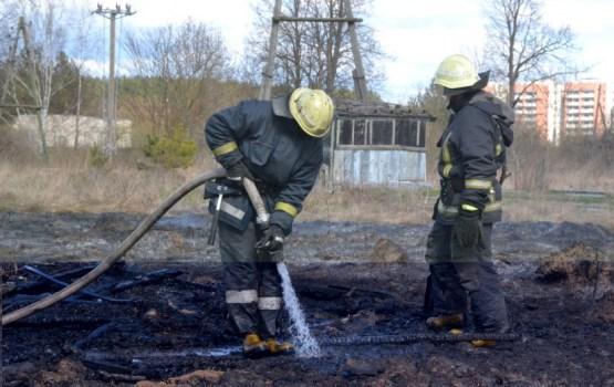 Piektdien Latvijā dzēsti 43 ugunsgrēki