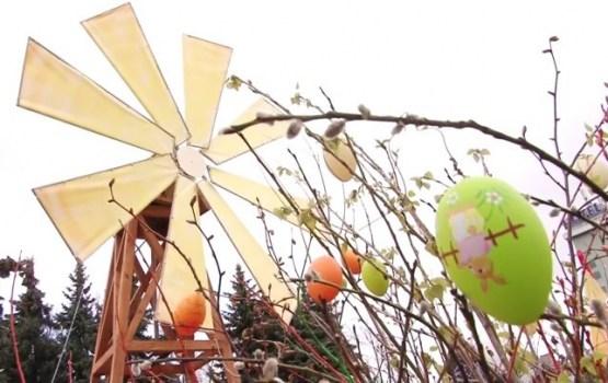 Daugavpils atzīmēja Lieldienas ar kopīgām svinībām Vienības laukumā
