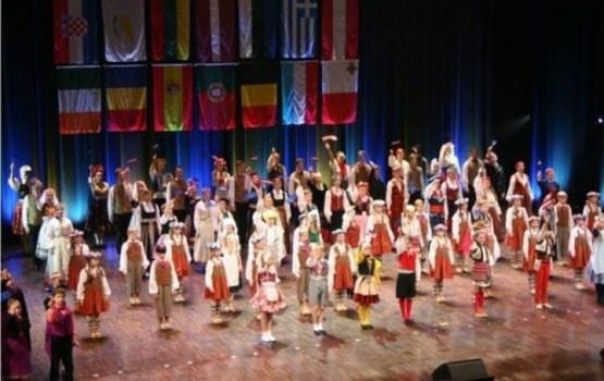 Latvijas bērni izdejos un izdziedās Eiropu