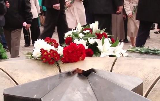 8. maijā daugavpilieši godināja nacisma upuru piemiņu