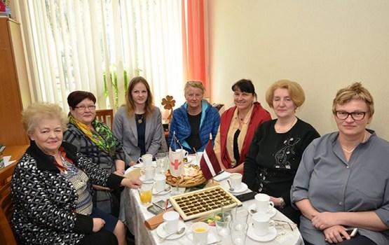 Francijas labdarības organizācija gatava palīdzēt Daugavpils trūcīgajiem iedzīvotājiem