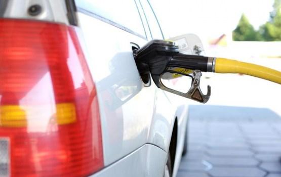 Ārzemēs pirktas automašīnas degvielas tvertnē uziet slēpni ar narkotikām