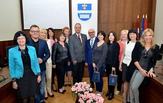 Vienības pamatskola uzņem pedagogus no Itālijas un Polijas