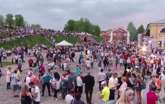 """Daugavpilī """"Muzeju nakti 2017"""" apmeklēja vairāk nekā 30 tūkstoši cilvēku"""