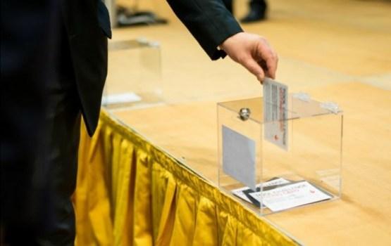 Turpinās iepriekšējā balsošana pašvaldību vēlēšanās