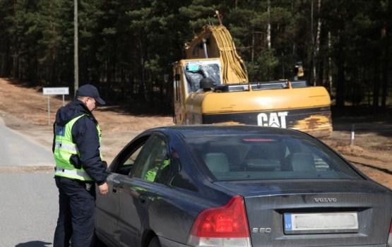 Policija svētku brīvdienās uz ceļiem rīkos masveida reidus