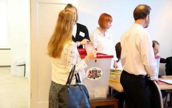 Līdz plkst.12 atkārtotās pašvaldību vēlēšanās Ķekavas novada 785.vēlēšanu iecirknī nobalsojuši 429 cilvēki