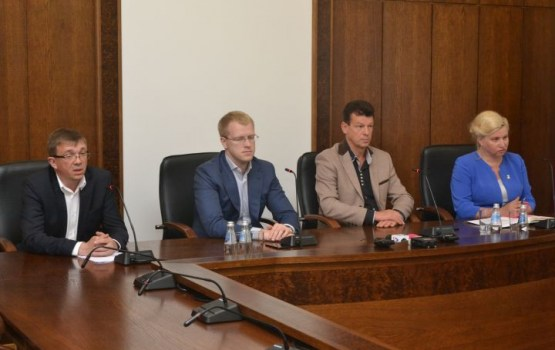 Daugavpilī ārkārtas domes sēdē lems par pirmā vicemēra Eigima atbrīvošanu no amata