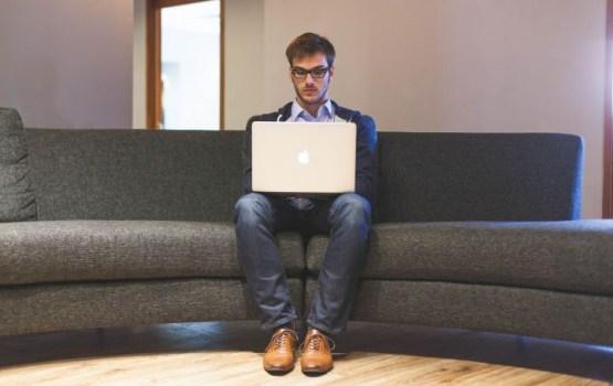 Aptauja: 26% iedzīvotāju domā par darbavietas maiņu