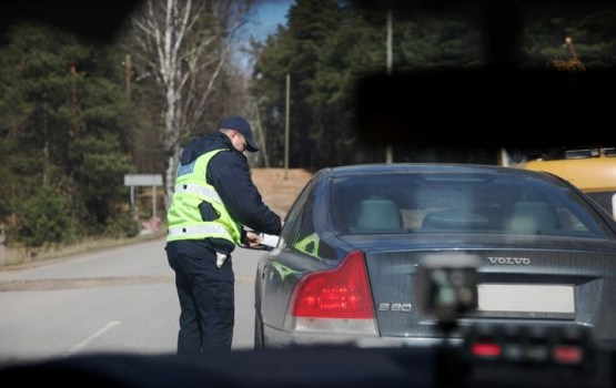 Velšs: policija daudz paveikusi, lai samazinātu korupciju ceļu policistu rindās