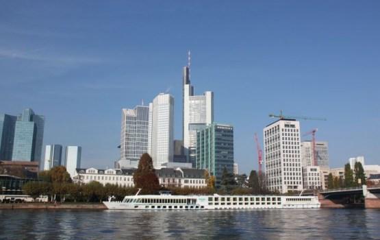 Frankfurtē veiksmīgi neitralizēta Otrā pasaules kara laika bumba
