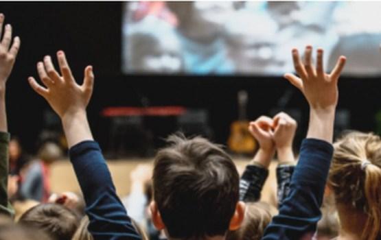 """Latgales Centrālā bibliotēka aicina piedalīties lasītveicināšanas programmā """"Bērnu, jauniešu un vecāku žūrijā – 2017"""""""