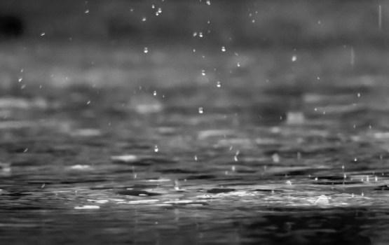 Svētdien Austrumlatvijā ilgstoši līs, Rietumlatvijā uzspīdēs saule