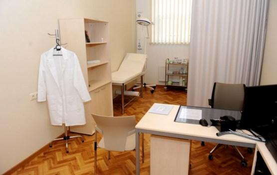 Slimnīcu ārstu un speciālistu atalgojums nākamgad pieaugs par 80%