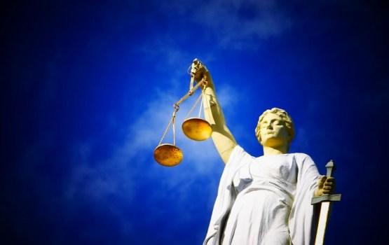 Tiesnešu algas aprēķina sistēmu atzīst par neatbilstošu Satversmei