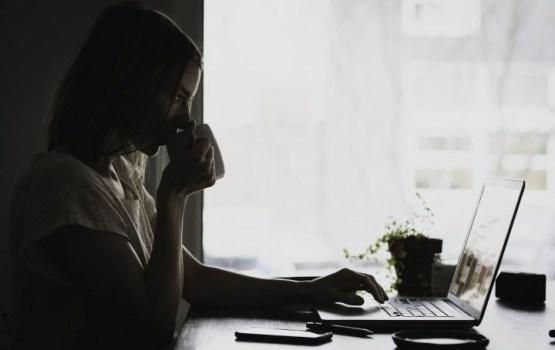 Pētījums: internetu personīgām vajadzībām izmanto 77% Latvijas iedzīvotāju