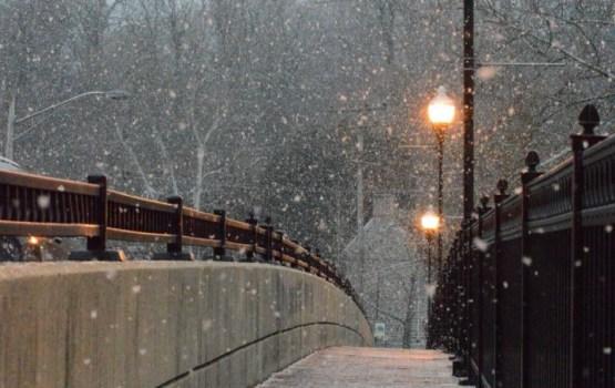 Otrdien spīdēs saule; vakarā daudzviet līs un snigs