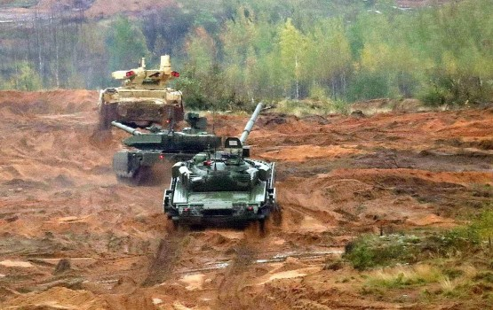 """AM: Mācībās """"Zapad"""" Krievija pārbaudīja uzbrukuma operāciju īstenošanu"""