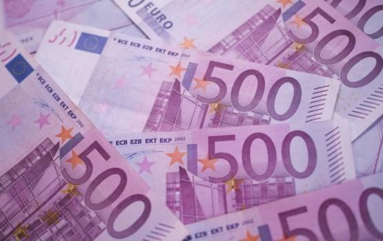 Par 50 000 eiro izspiešanu aiztur ārzemnieku, kurš uzdevies par Krievijas Federāla drošības dienesta darbinieku