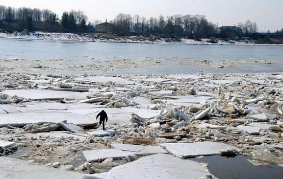 Daugavā pie Jersikas ūdens līmenis šonedēļ kāpis par nepilniem diviem metriem