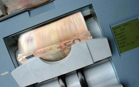 Valsts budžetā ieskaitīs noziedzīgam grupējumam izņemtus divus miljonus eiro