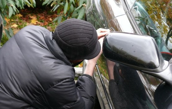 Sestdien apzagti 11 mājokļi un aizdzīts viens auto