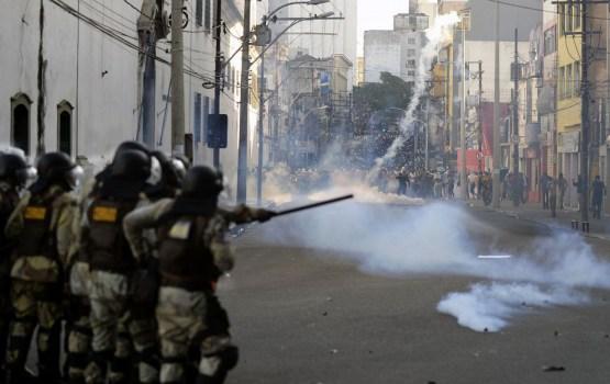 Policija plāno reģionos izveidot masu nemieru novēršanas vienības