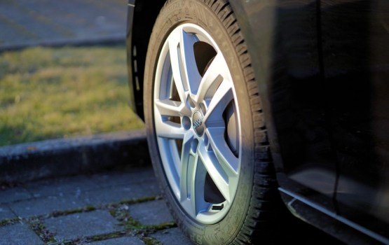 No marta paaugstinās prasības transportlīdzekļu tehniskajā apskatē