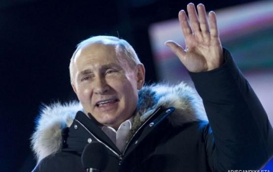 Krievijas prezidenta vēlēšanās uzvarējis Putins