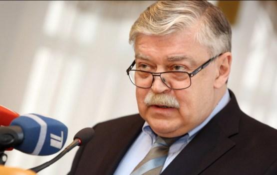 Krievija uz lēmumu izraidīt vēstniecības darbinieku reaģēs līdzvērtīgi