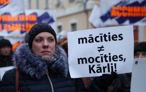 'Latvijas Krievu savienība' mēģina polarizēt sabiedrību, uzskata DP