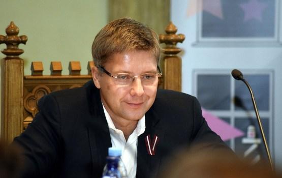 Ušakovs pērn nopelnījis 75 000 eiro, bet parādā ir 40 859 eiro