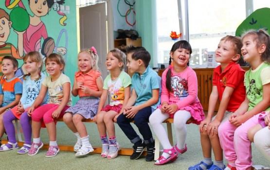 Pastiprinās prasības latviešu valodas apguvei mazākumtautību bērnudārzos