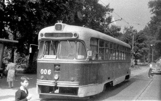Daugavpilī Muzeju naktī iespēja izbraukt ekskursijā ar retro tramvaju