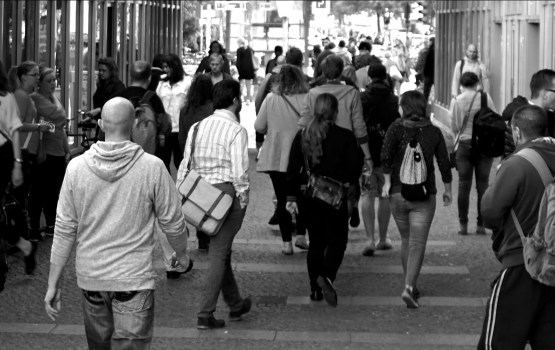 Aptauja: Ar savas pašvaldības darbu apmierināta puse Latvijas iedzīvotāju