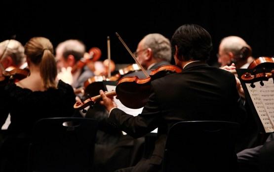 """""""Simtgades skaņu palete orķestrim"""""""