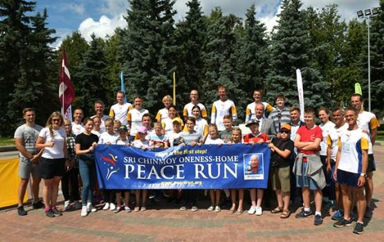 Miera skrējiena starptautiskā komanda Daugavpilī