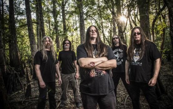 Rīgā dārdēs apvienības Soulfly un Cannibal Corpse