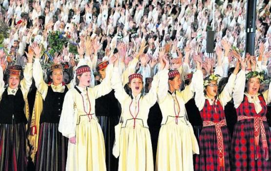 Dziesmu svētku sūrā pēcgarša – par dziesmu grāmatām čekus neizsniedza, bēdājas lasītājs