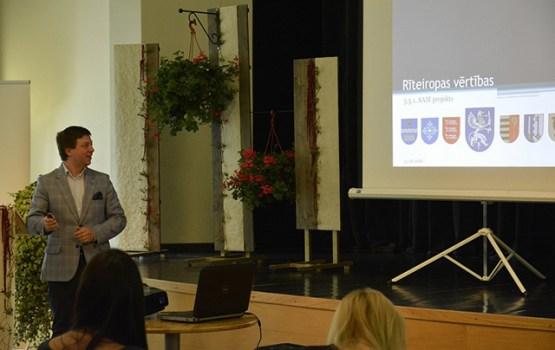 Seminārā ziņoja par Latgales mantojuma atjaunošanas projekta progresu