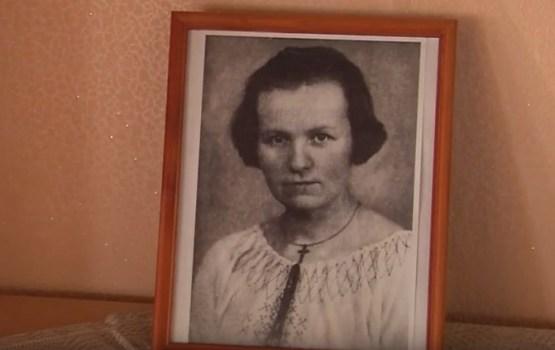 Šķaunes tautas nams pārpildīts, Marijai Andžānei – 100 (VIDEO)