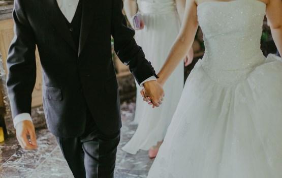 Fiktīvas laulības beidzas ar 5590 eiro sodu un brīvības atņemšanu