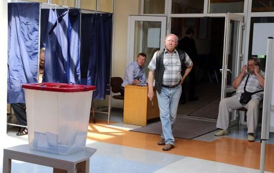 Latvijā notiek 13.Saeimas vēlēšanas
