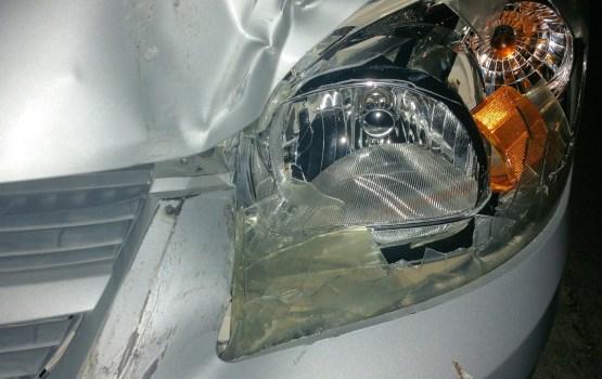 Automašīnai iebraucot grāvī, gājis bojā autovadītājs un cietuši vēl četri cilvēki