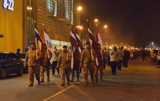 Lāčplēša dienā godina Latvijas aizstāvjus