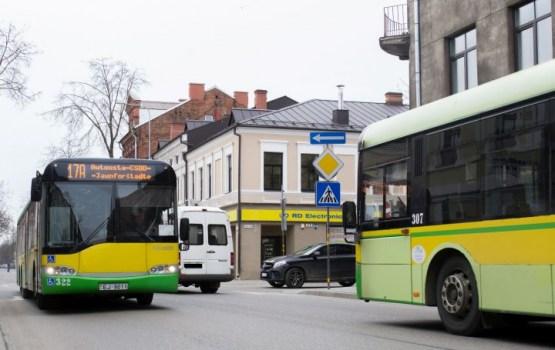 Svētku laikā būs izmaiņas gandrīz 600 reģionālo autobusu maršrutos
