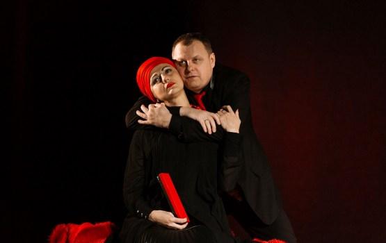 Februārī Daugavpils teātrī akcija: pērc vienu biļeti, otru saņem dāvanā!