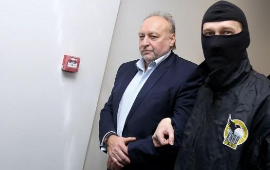 """LTV: """"Rīgas satiksmes"""" krimināllietā aizturētais Volkinšteins atbrīvots pret 100 000 eiro drošības naudu"""