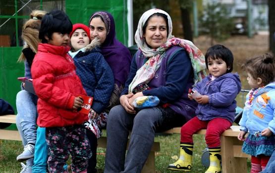 Pētījums: Iedzīvotāji apšauba Latvijas sekmes imigrantu integrācijā