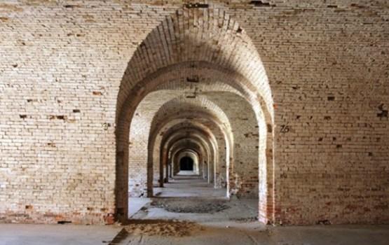 Notiek Daugavpils Cietokšņa inženieru arsenāla restaurācijas piedāvājumu izvērtēšana